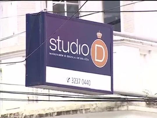 TVCOM 20 Horas - Incêndio atinge casarão no bairro Moinhos de Vento na capital - 28/01/15