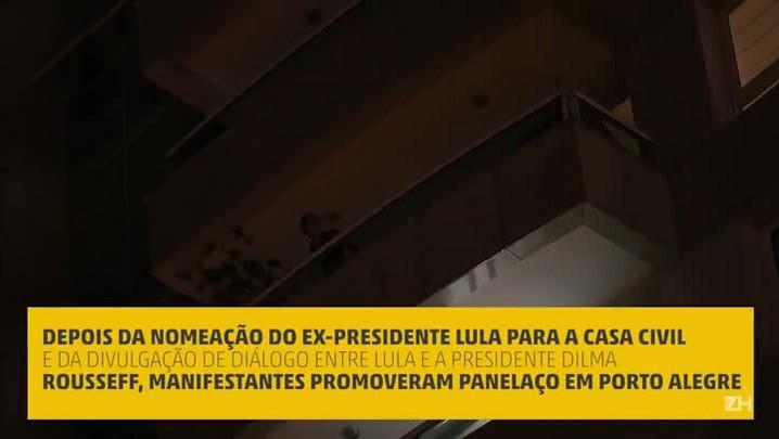 Manifestantes promovem panelaço em Porto Alegre