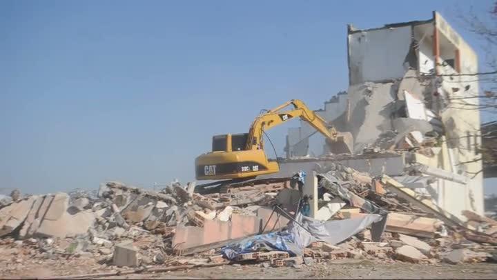 Demolição do prédio da Federação Catarinense de Remo