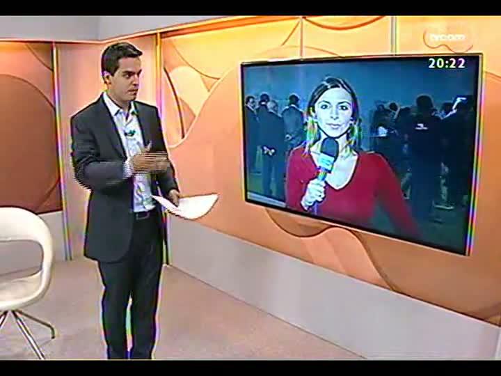 TVCOM 20 Horas - Dia agitado de protestos e votações em Brasília - Bloco 2 - 20/08/2013
