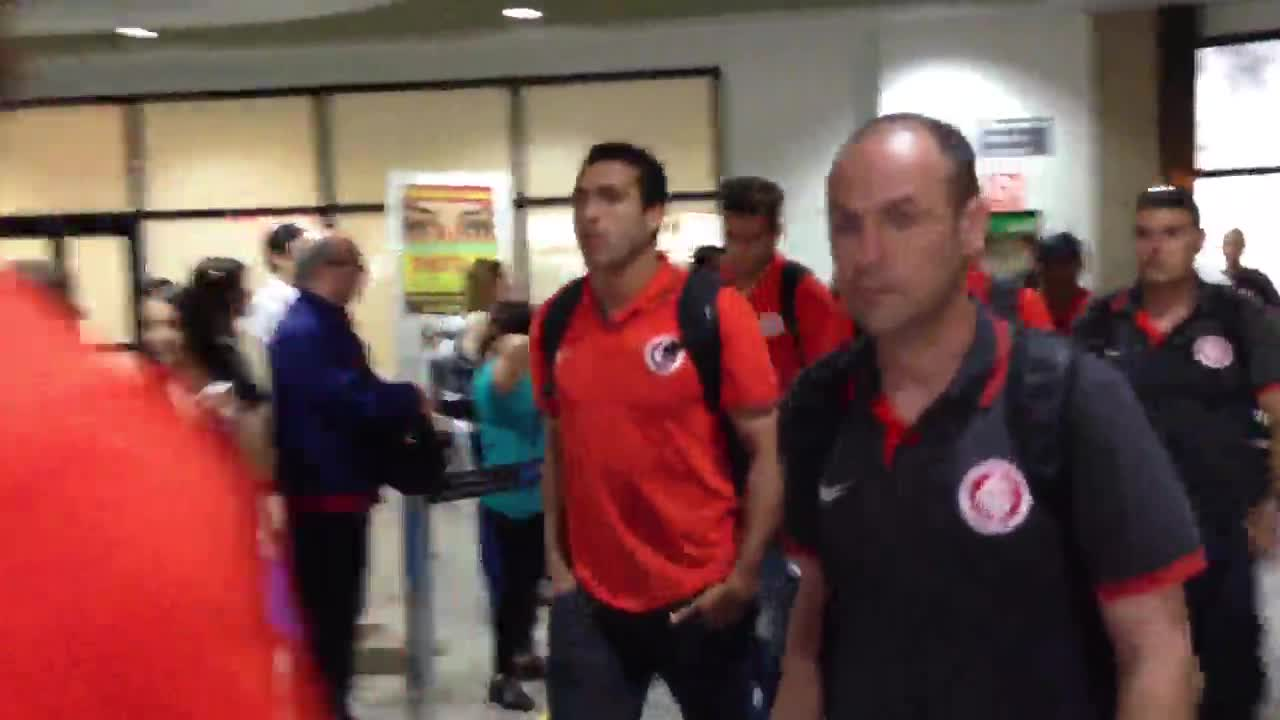 Chegada do Inter em Porto Alegre após eliminação na Copa do Brasil. 24/10/2013