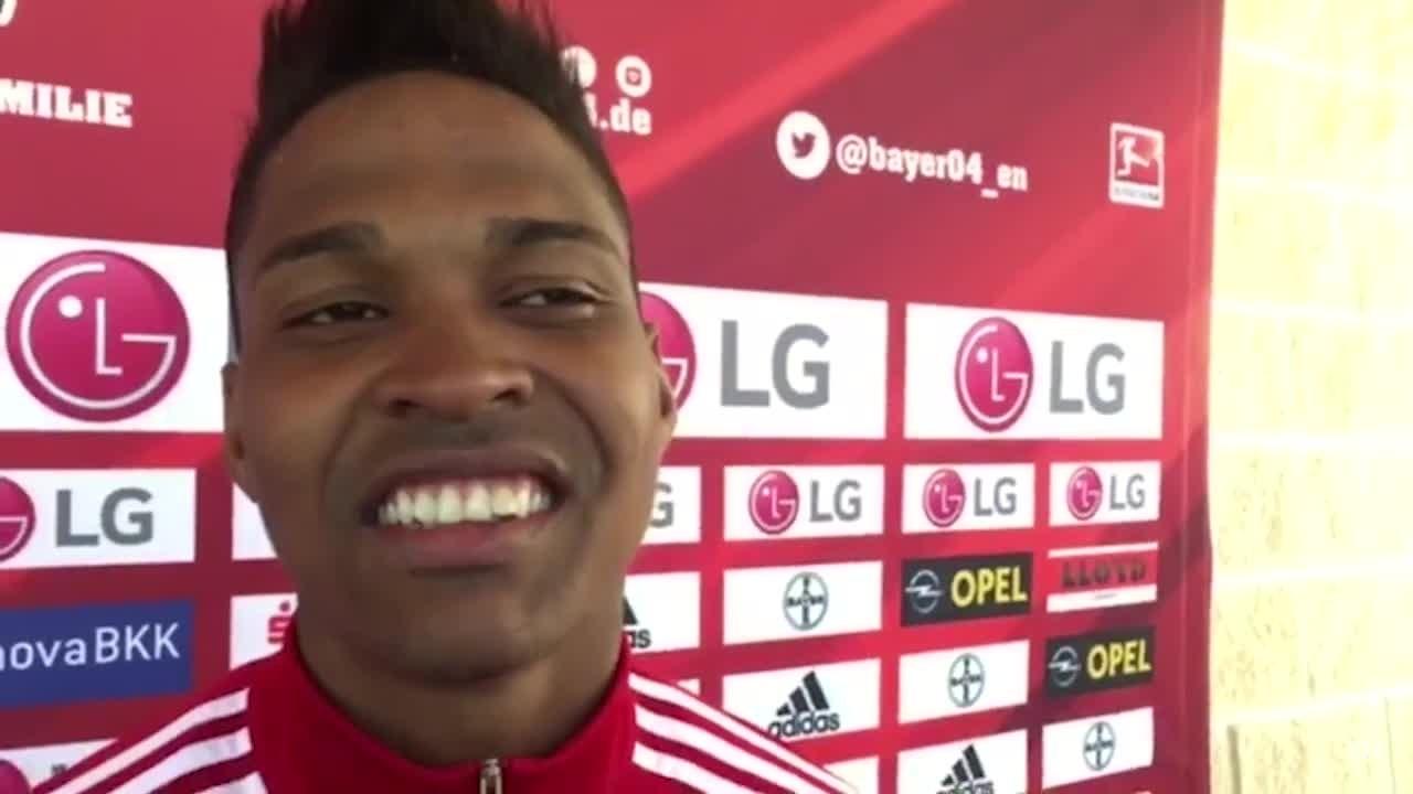 Adversário do Inter, Wendell fala sobre o Bayer, ausência de Aránguiz e fenômeno Chicharito