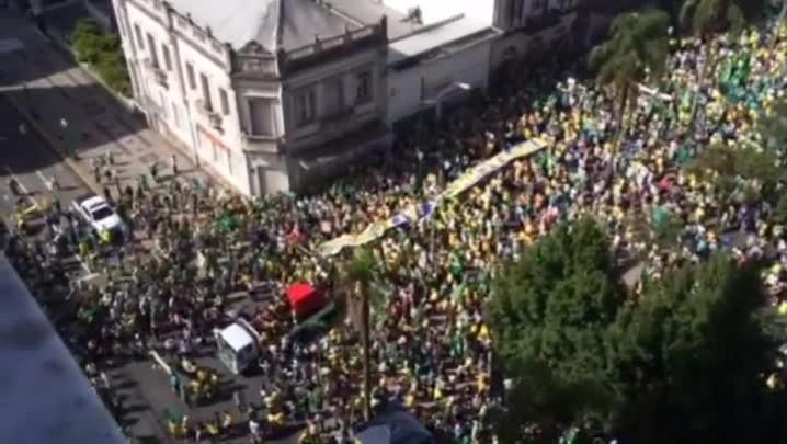 Confira o registro das manifestações em Caxias do Sul