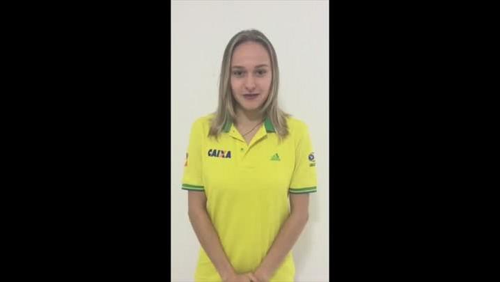 Jéssica Maier, atleta da seleção brasileira de ginástica rítmica