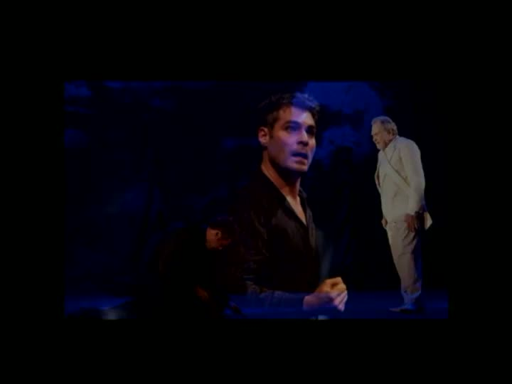 Thiago Lacerda encena Hamlet em Porto Alegre
