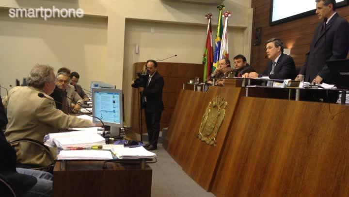 Ânimos esquentam durante votação do Plano Diretor de Florianópolis