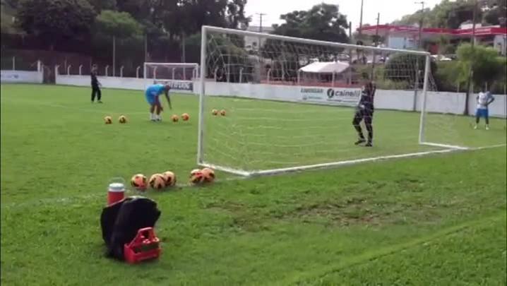 Novamente titular do Grêmio, Marcelo Grohe completa 27 anos - 13/01/2014