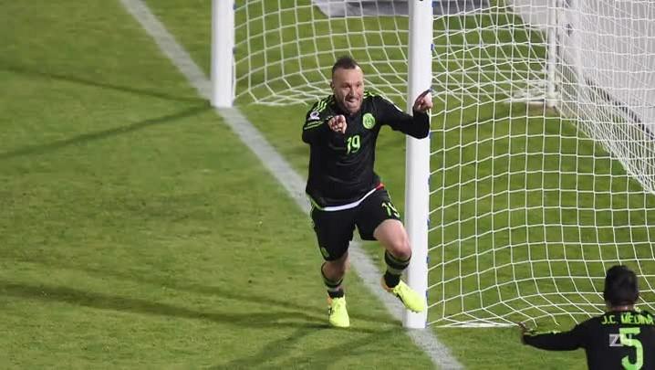 Chile e México empatam por 3 a 3