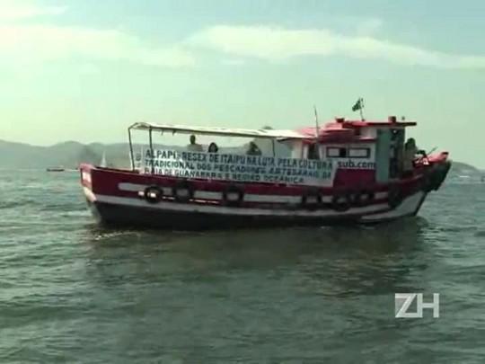 Protesto contra a poluição nas águas do Rio