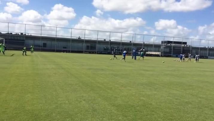 Grêmio treina antes de enfrentar o VEC