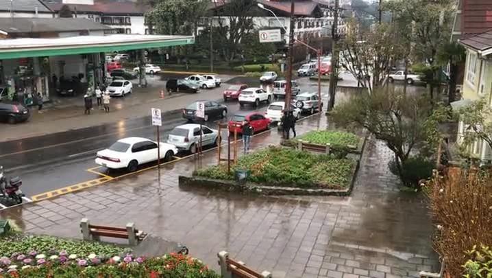 Cidades da Serra Gaúcha registram chuva congelada