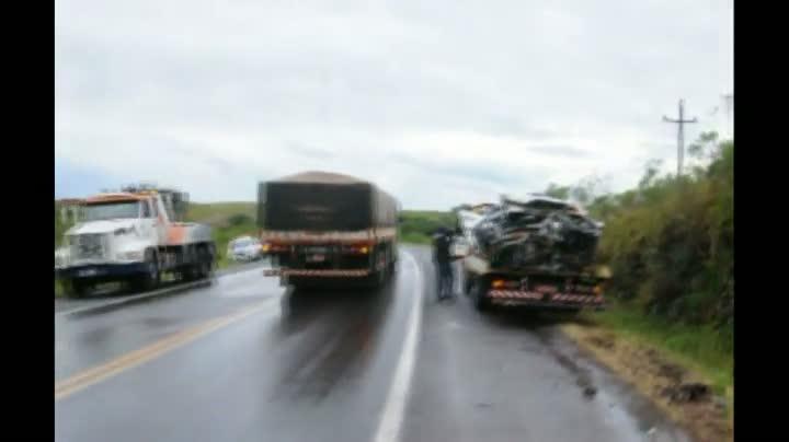 Acidente entre três veículos deixa sete mortos em Soledade, região norte do Estado