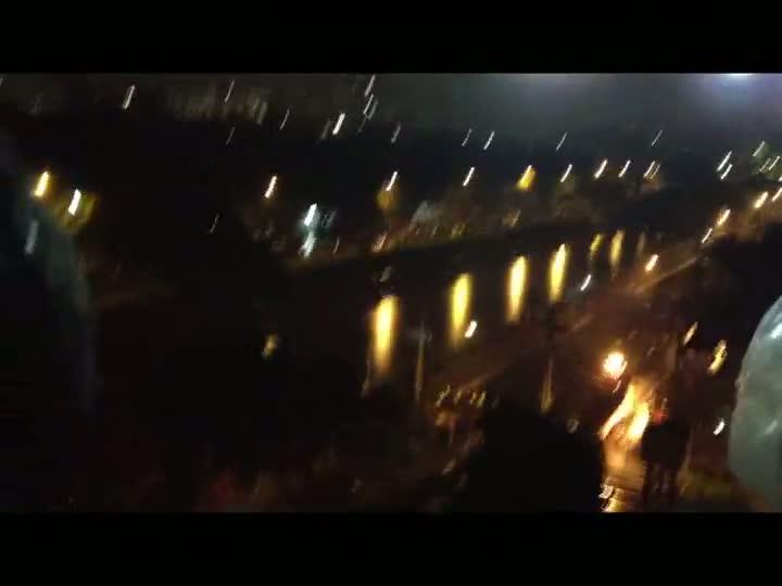 Visão aérea: Tropa de Choque avança sobre manifestantes. 20/06/2013