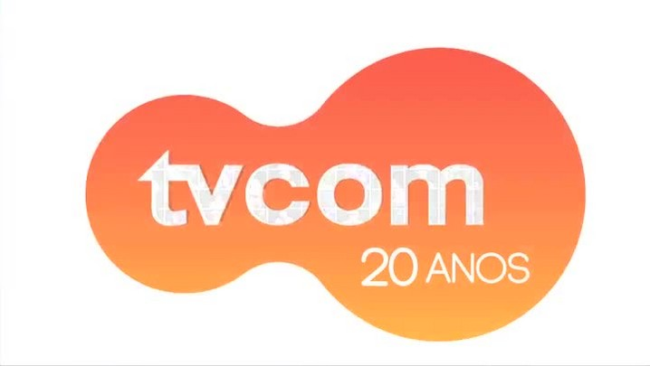 Dercy Gonçalves – Sobre as plásticas – Entrevista concedida à TVCOM em 1996