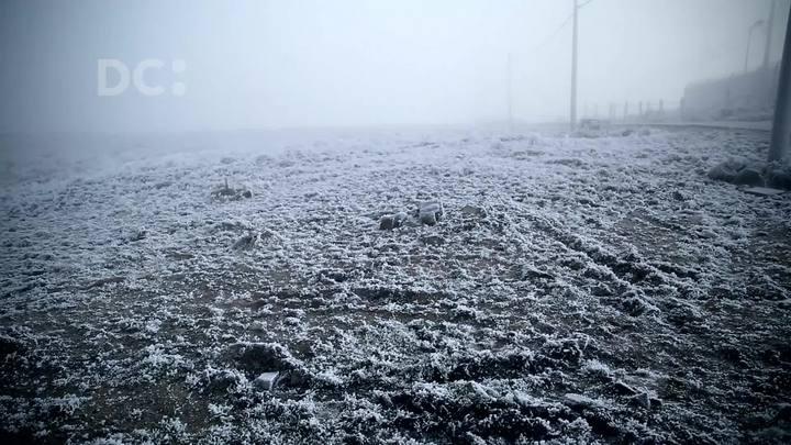 Veja como ficou o Morro das Torres, em Urupema, após registrar mínima de -6,6ºC e sensação térmica de -27ºC