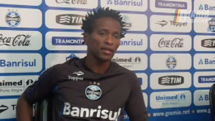 Zé Roberto projeta futuro do Grêmio