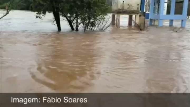 São Sebastião do Caí tem cerca de 70% da cidade inundada - 25/08/2013