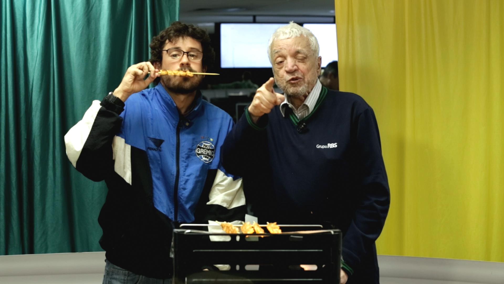 Sant\'Ana e Sant\'Aninha fazem churrasco de camarões