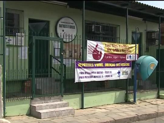 TVCOM 20 Horas - Postos de saúde da região norte de Porto Alegre fecham as portas mais cedo por causa da violência - 24/10/2014