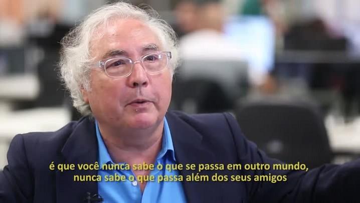 Manuel Castells: bolha ideológica e Intolerância