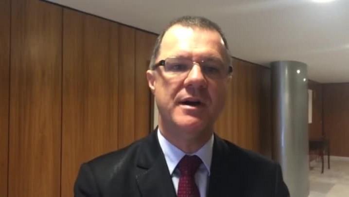 Ministro explica novas regras para aposentadoria; veja