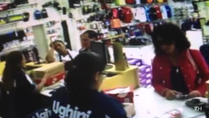 Suspeita de sequestro é vista em loja com cartão de vítima