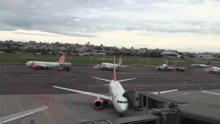 Greve dos aeronautas atrasa voos no Salgado Filho