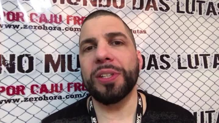 "Caju Freitas: ""As 2 mais belas Ring Girls do MMA\"""