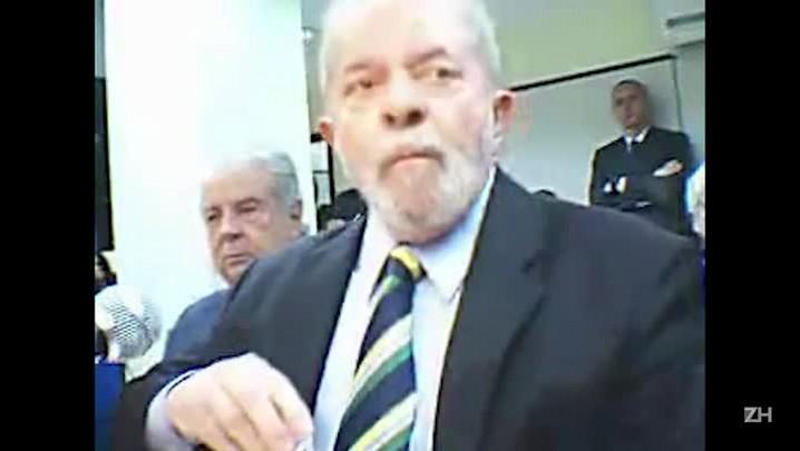 """Lula nega obstrução da Lava-Jato: \""""O depoimento do Cerveró era problema pro Delcídio, não pra mim\"""""""