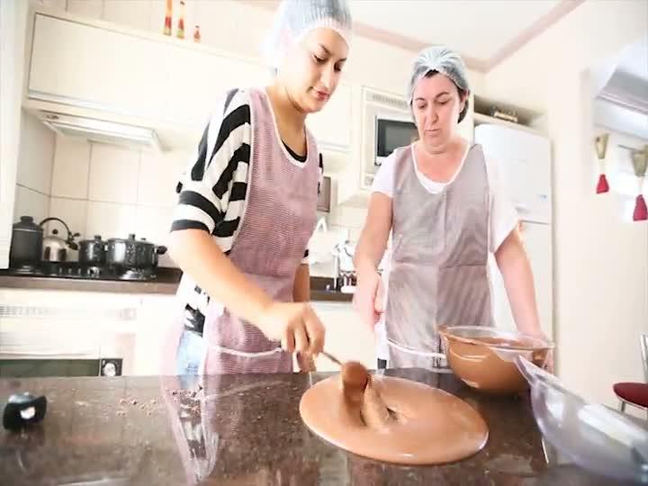 Aprenda a fazer ovos de páscoa