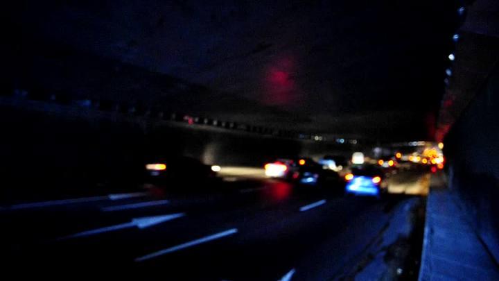 Túnel da Conceição amanheceu às escuras, em Porto Alegre