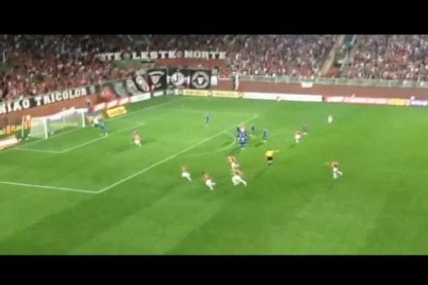 JEC x Cruzeiro: Marcelinho Paraíba abre o placar para o Joinville