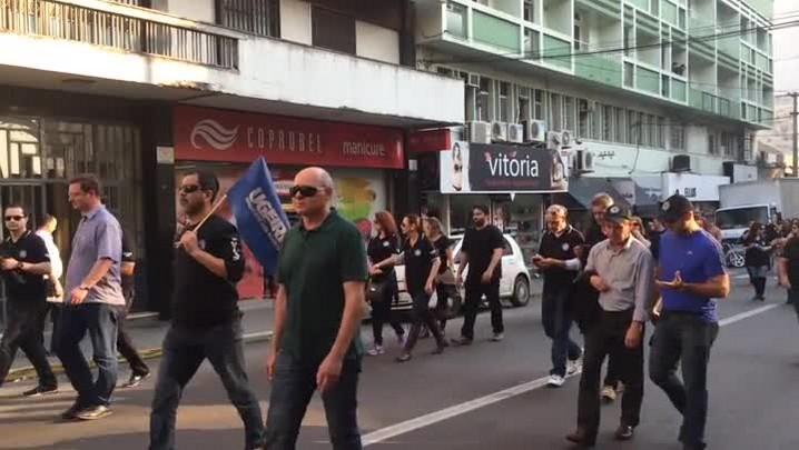 Protesto dos servidores estaduais em Santa Maria