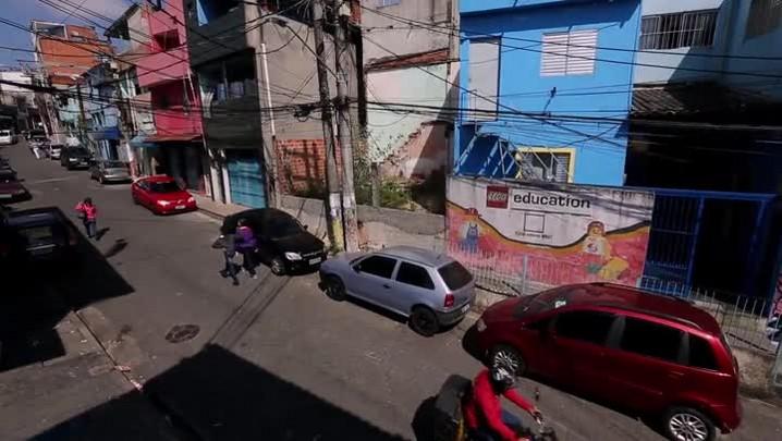 Heliópolis, de campo minado a bairro educador