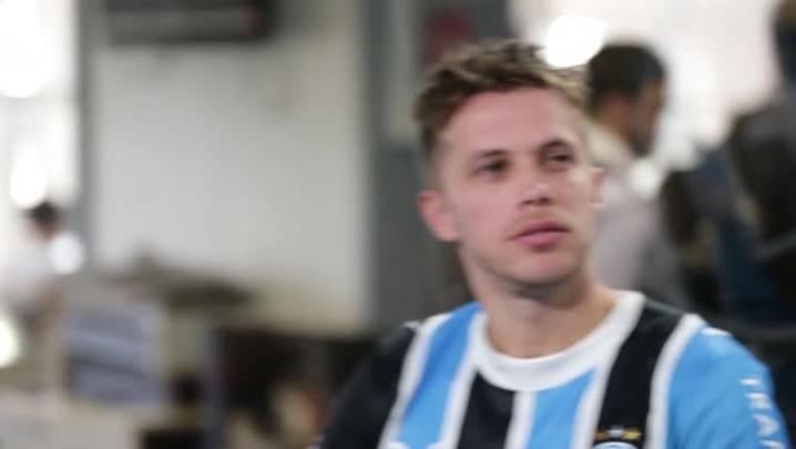 Mantos sagrados: ex-jogadores do Grêmio falam sobre lembranças com a camisa tricolor