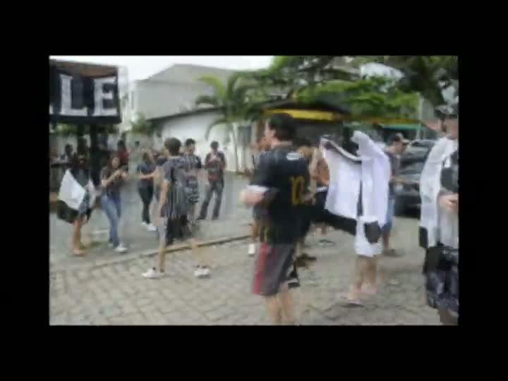 Torcida corinthiana comemora título do Mundial em Joinville