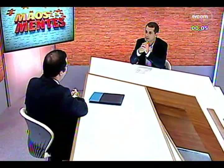 Mãos e Mentes - Professor e tradutor de TI Carlos Fernando Paleo Rocha - Bloco 4 - 11/03/2013
