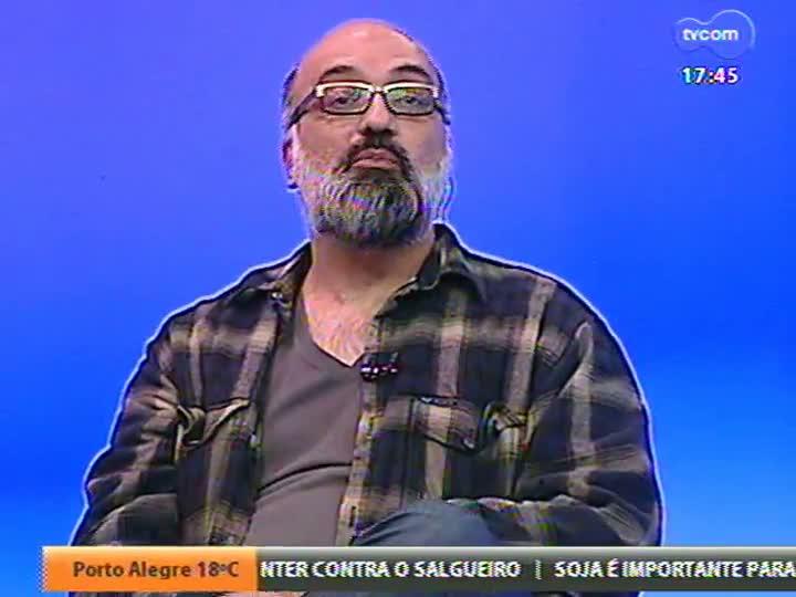 Programa do Roger - Um bate papo com o ator Gregório Duvivier