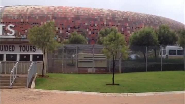 Estádio Soccer City, na Africa do Sul, apresenta melhores condições após a Copa de 2010 - 4/03/2014