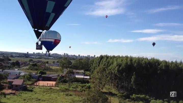 ZH no festival de balonismo em Torres