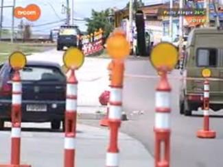 TVCOM 20 Horas - Começa bloqueio para duplicação da avenida Tronco em Porto Alegre - 27/11/2014