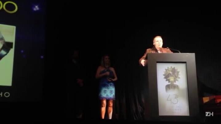 Daniel Filho recebe Troféu Cidade de Gramado