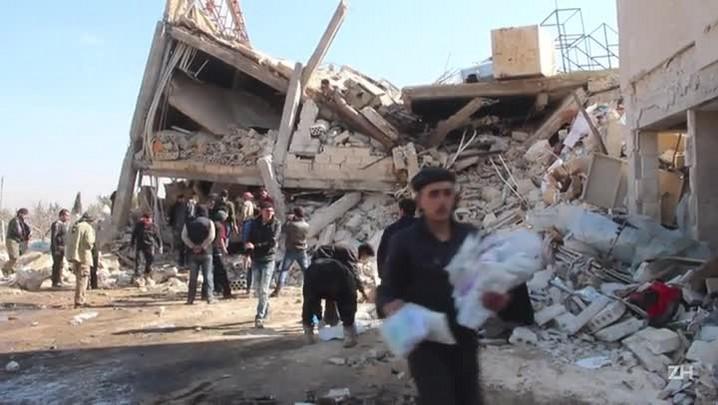 Ataques a hospitais e escola matam 50 civis na Síria
