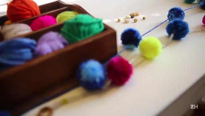 A tendência dos pompons no artesanato