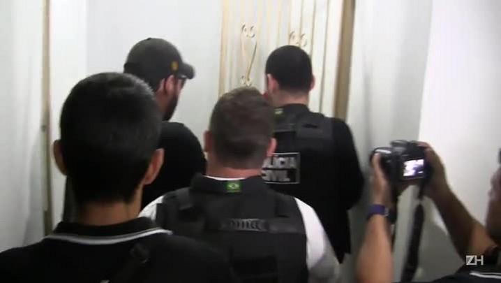 Operação policial desarticula rede de tele entrega de drogas
