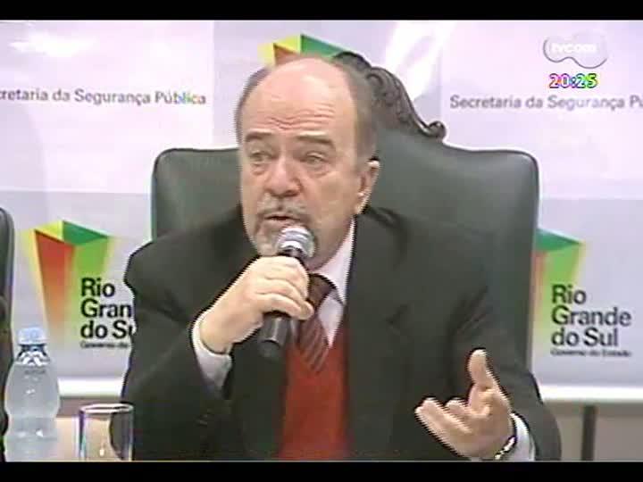 TVCOM 20 Horas - Análise da conduta dos policiais durante os protestos - Bloco 3 - 25/06/2013