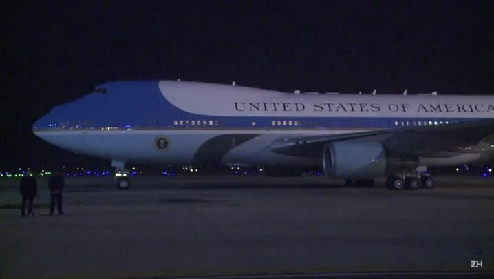 Obama chega ao Vietnã para visita de três dias