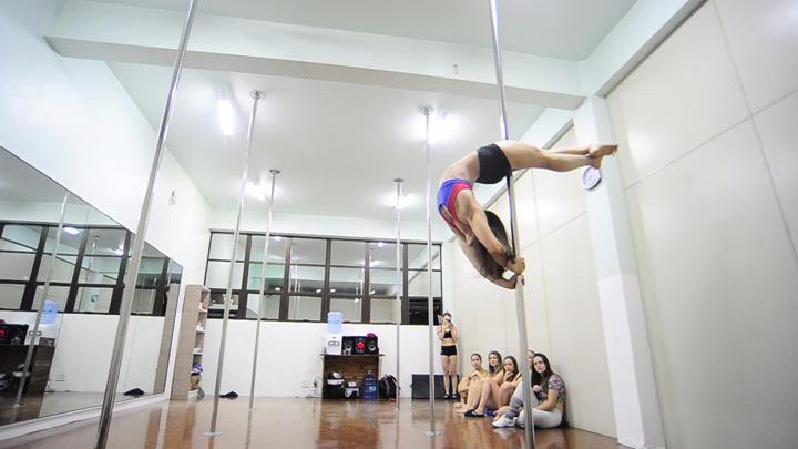 Atleta de Caxias, Ligia de Jesus participa de panamericano de pole dance