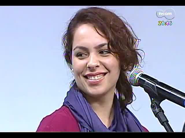 TVCOM Tudo Mais - Cantores Bella Stone, Gisele de Santi e Dudu Sperb cantam Chico e Caetano no Theatro São Pedro