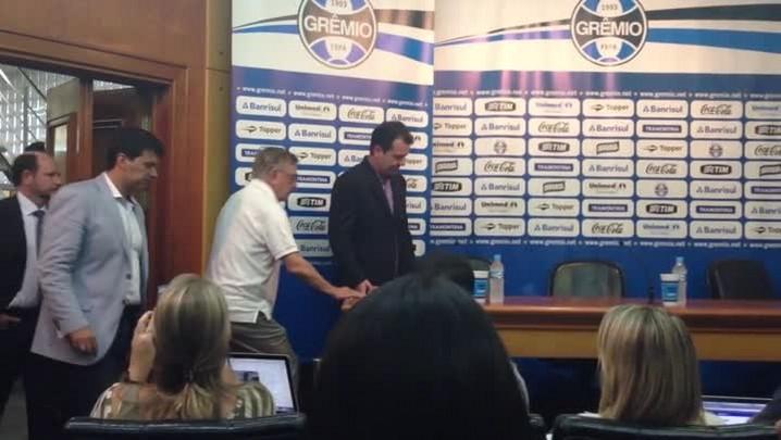 Grêmio apresenta Enderson Moreira. Confira uma parte da coletiva - 16/12/2013
